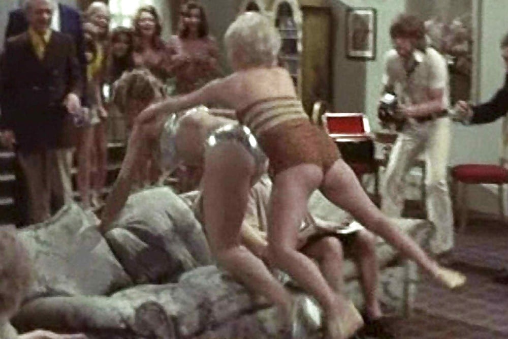 barbara-windsor-sex-video-sexy-pantyhose-chicks