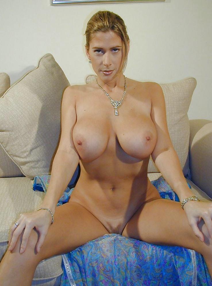 cynthia-stevenson-sexy-pic