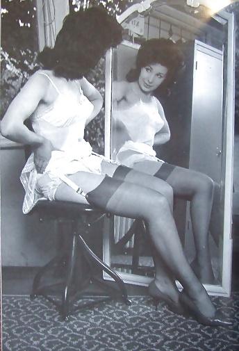 Erotic Pictures Vintage mature photos