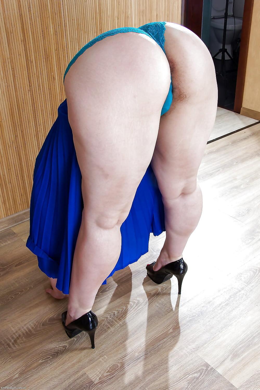 ass-booty-bum-butt-look-tush-tushy-mary-carey-lesbian-nude