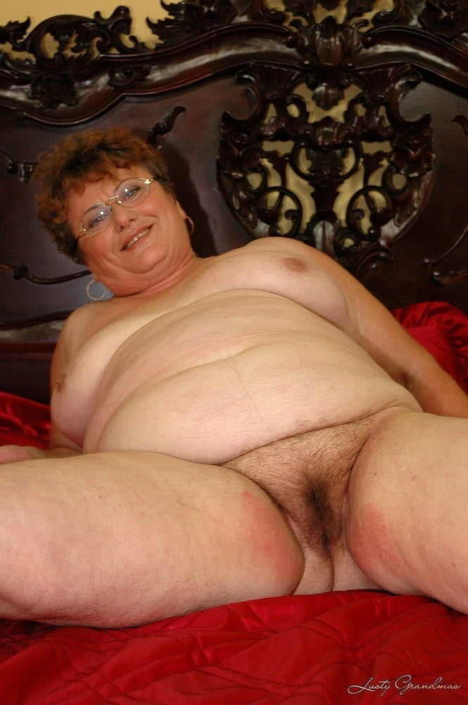 Chubby granny free picture — photo 12