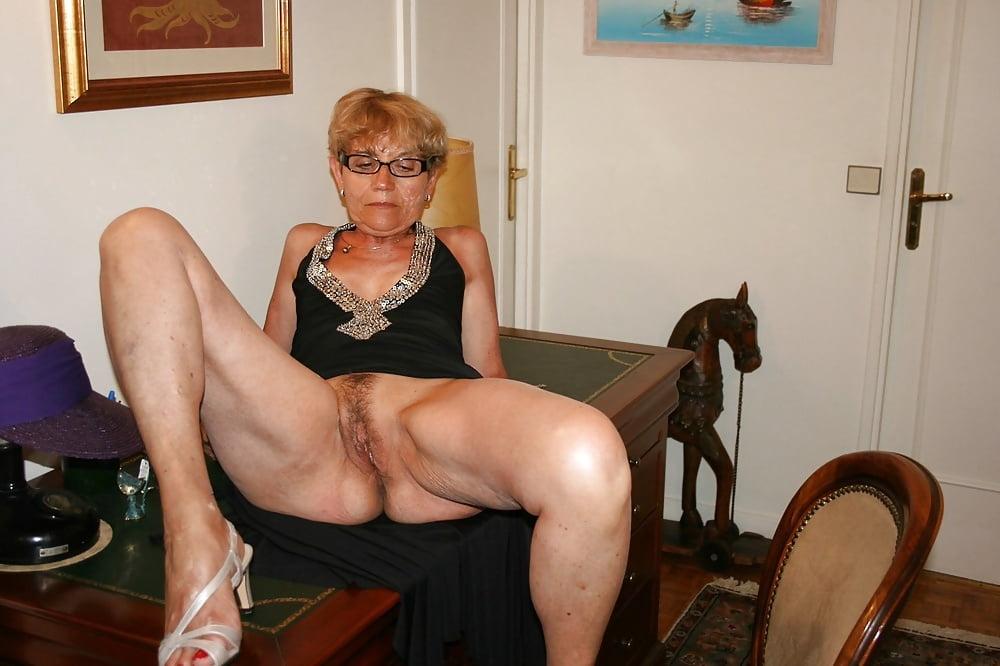 Granny mature pics, nude women gallery