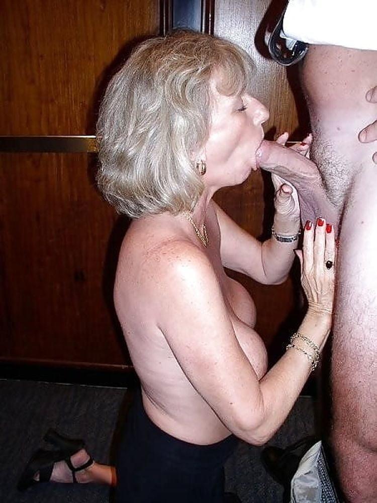 Mature women give head