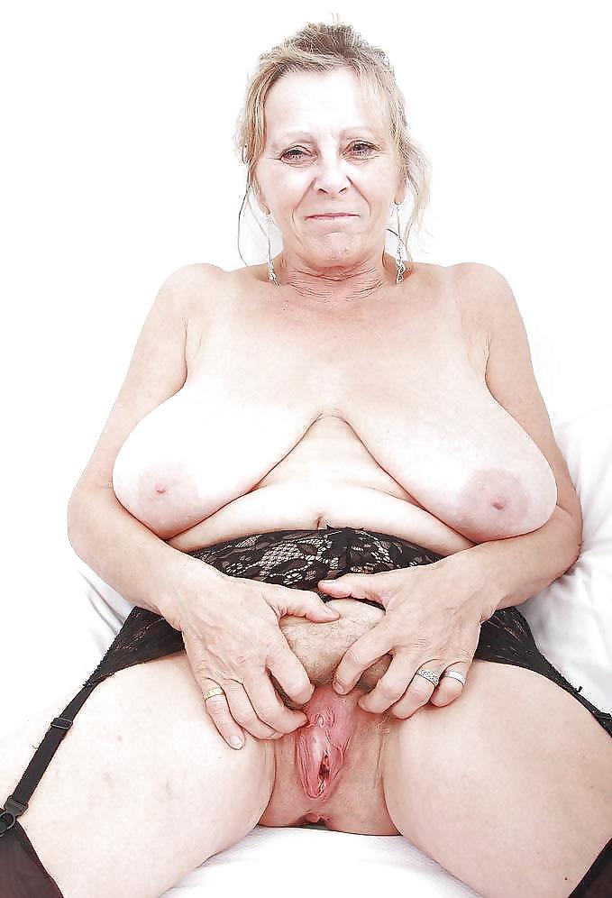 big-boobed-grannies-nude-closeup-mature-women-tumblr