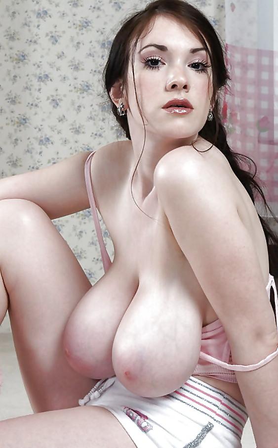 Curvy blonde saggy tits porn