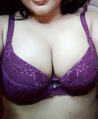 My sexy bra - 7 Pics