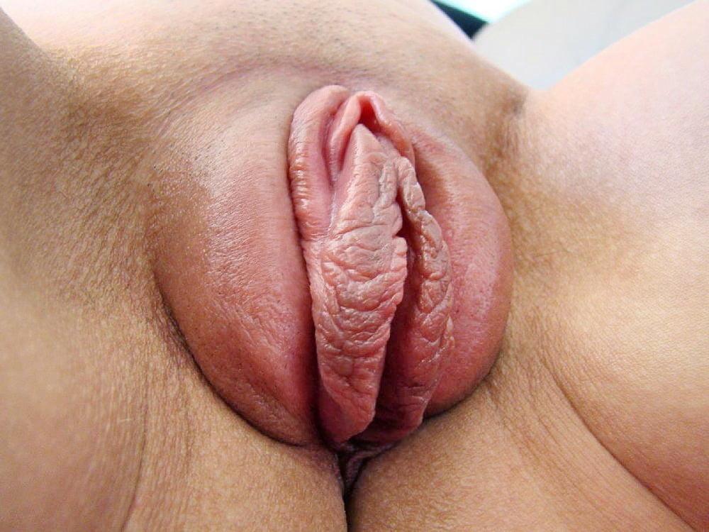 Dark juicy pussy lips getting fucked hd pov