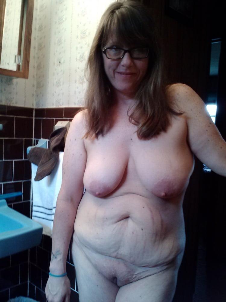 Free saggy tits porn pics