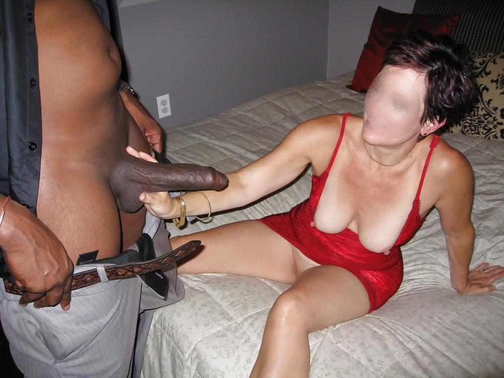 Slutwife Laura Who Enjoys Big Black Cock Mega