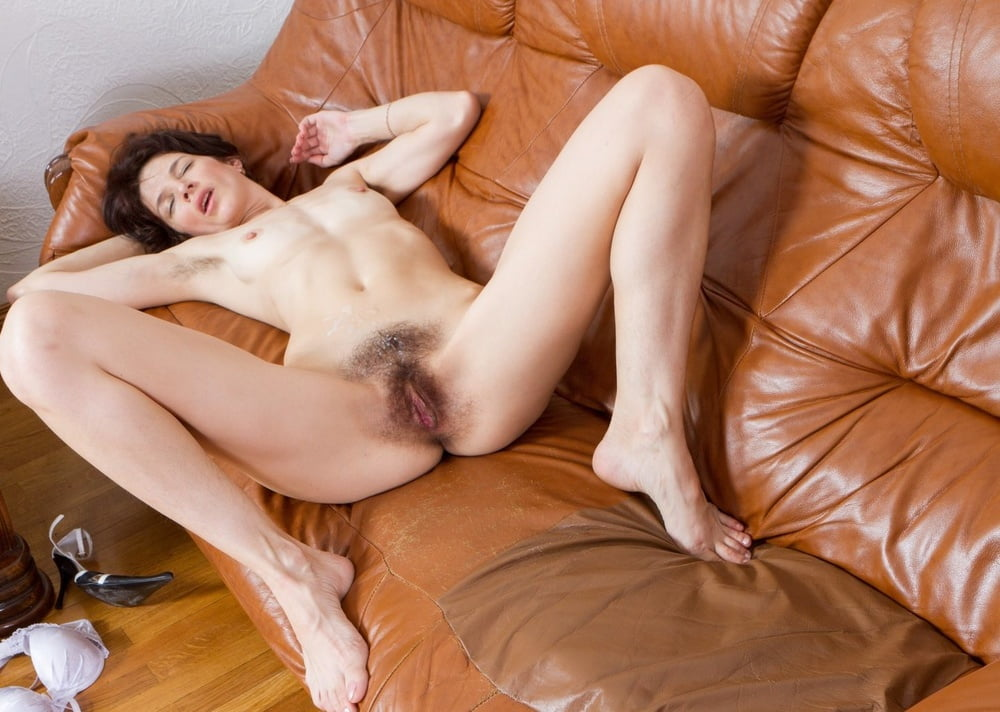 Nude Skinny Girls Hairy Pussy