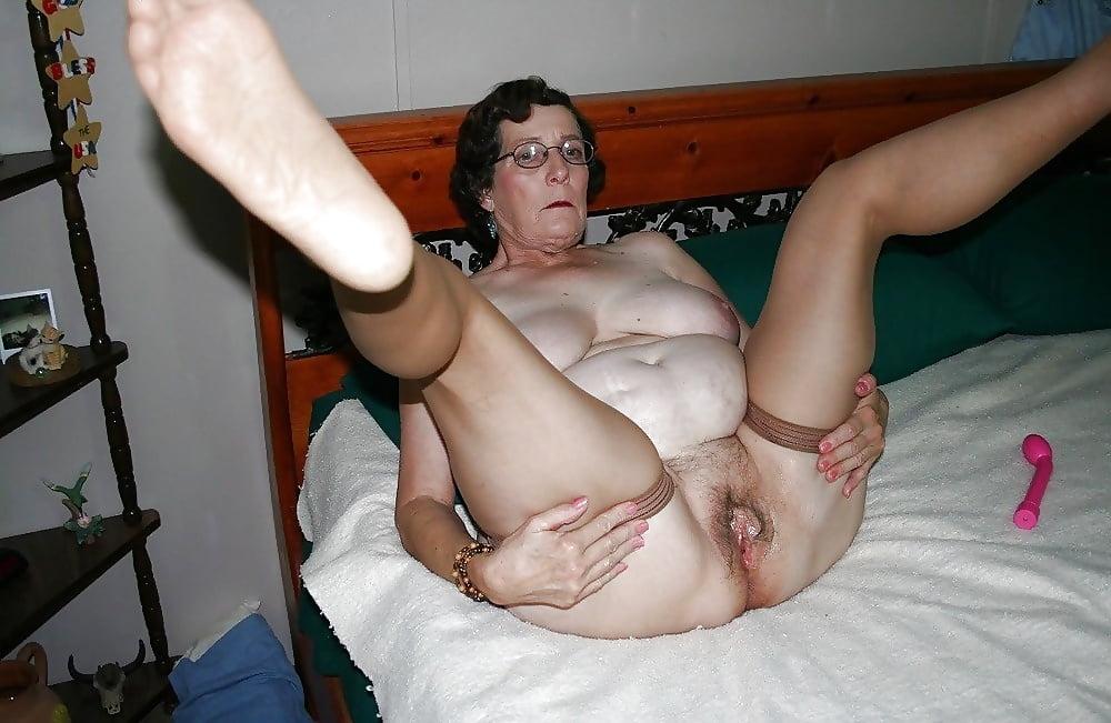 Granny Creampie Compilation Porn Pics