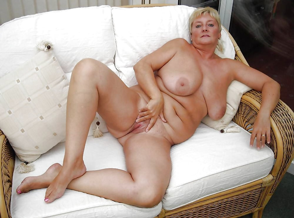 Mature hattie nude