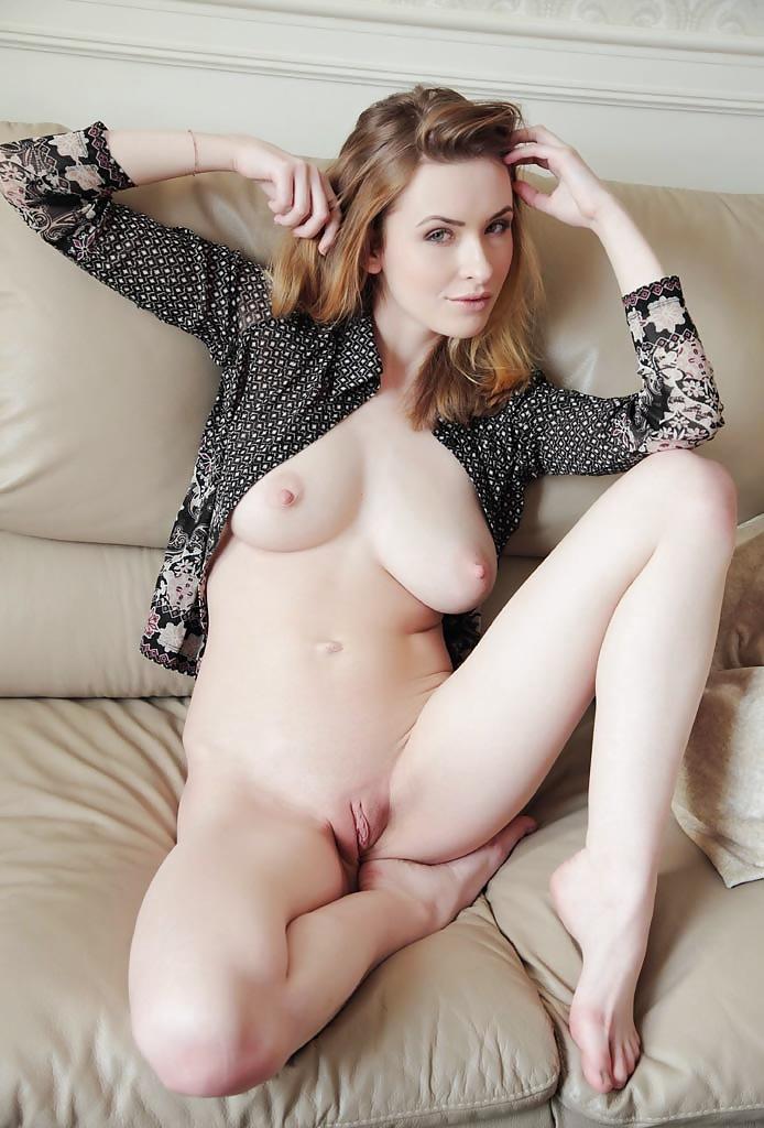 Белокожие девушки фото порно