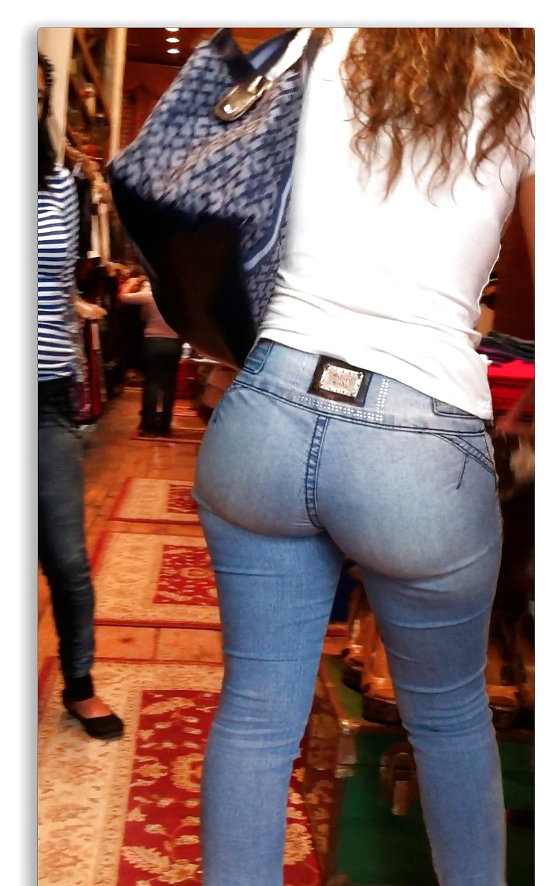 girls-butts-in-jeans-stand-out-college-orgy-hostel