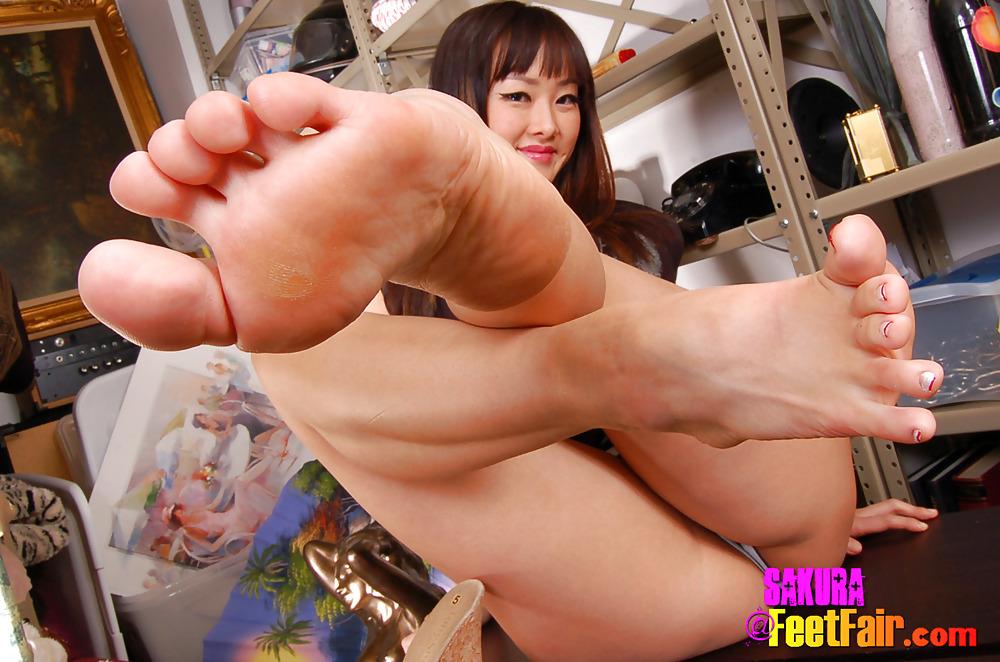 Asian fetish porn pics