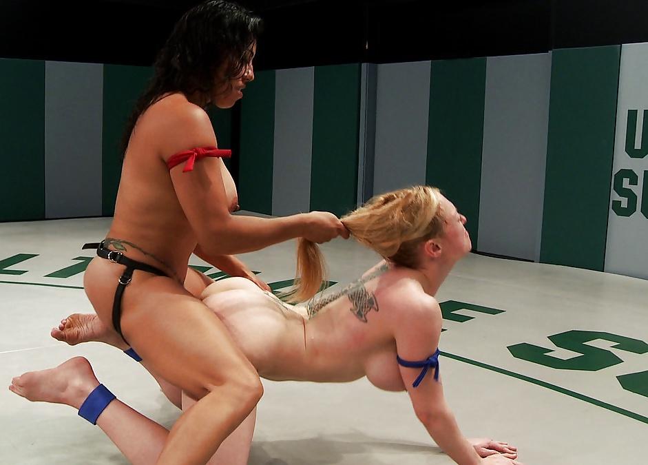 Way lesbian wrestling
