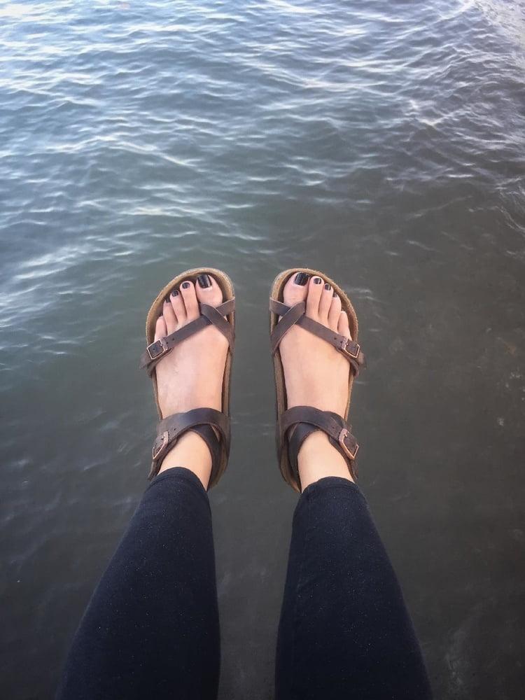 Sandals 2020 - 14 Pics