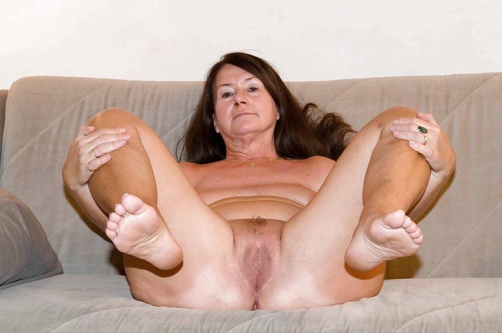 Sexy Redhead Teen Feet Nude