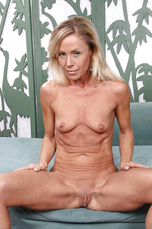 Skinny mature tits sex pics