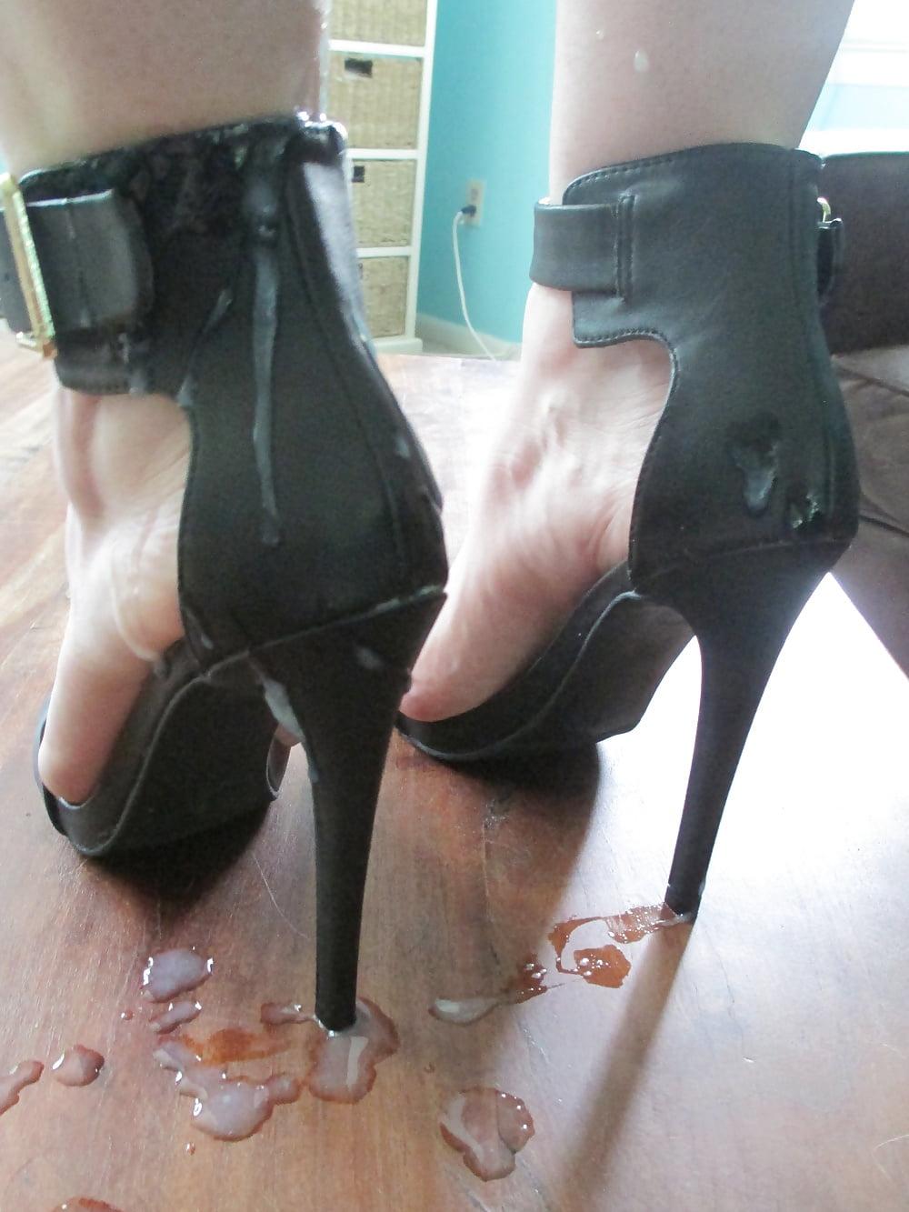 этой сперма на каблуках только смажь