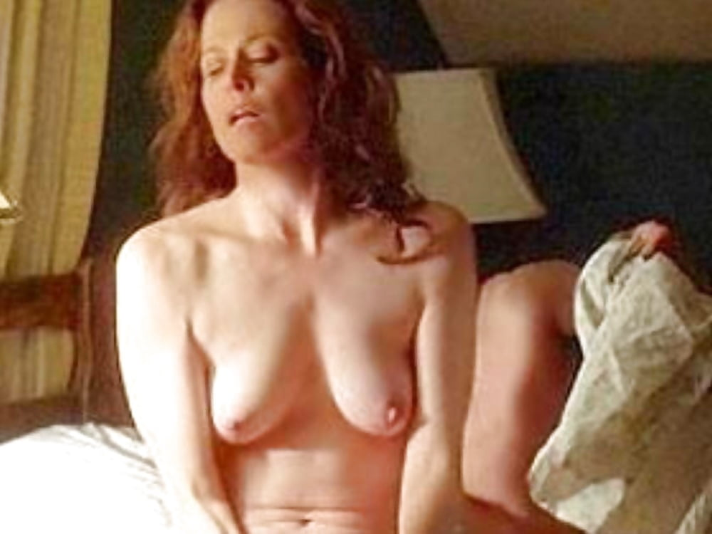 Sigourney weaver nude hairy pussy in picture scene