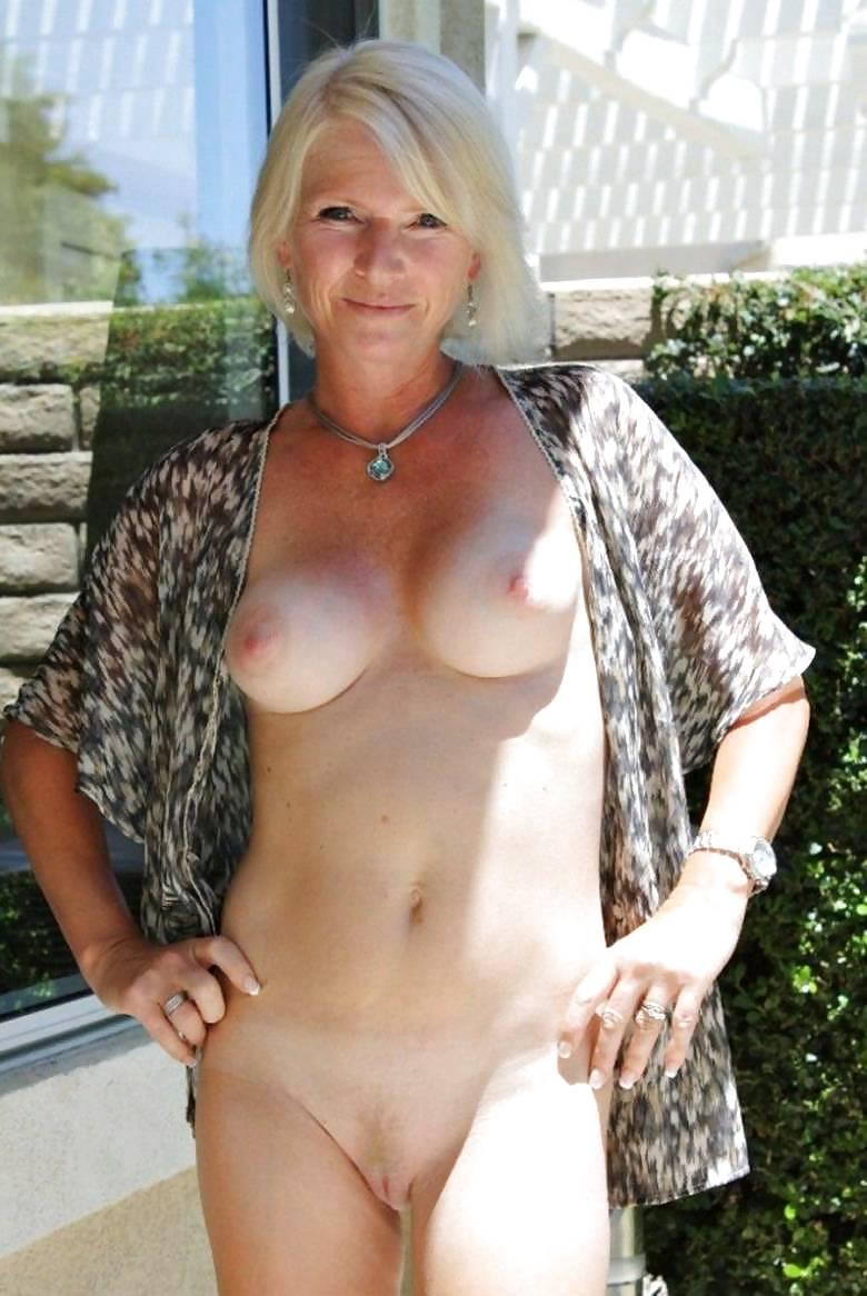 nude-gilf-photos