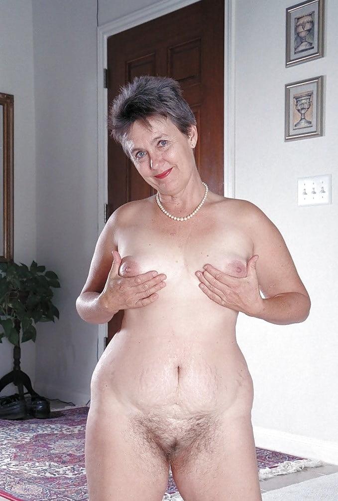 Granny grey hair nude gif — photo 10