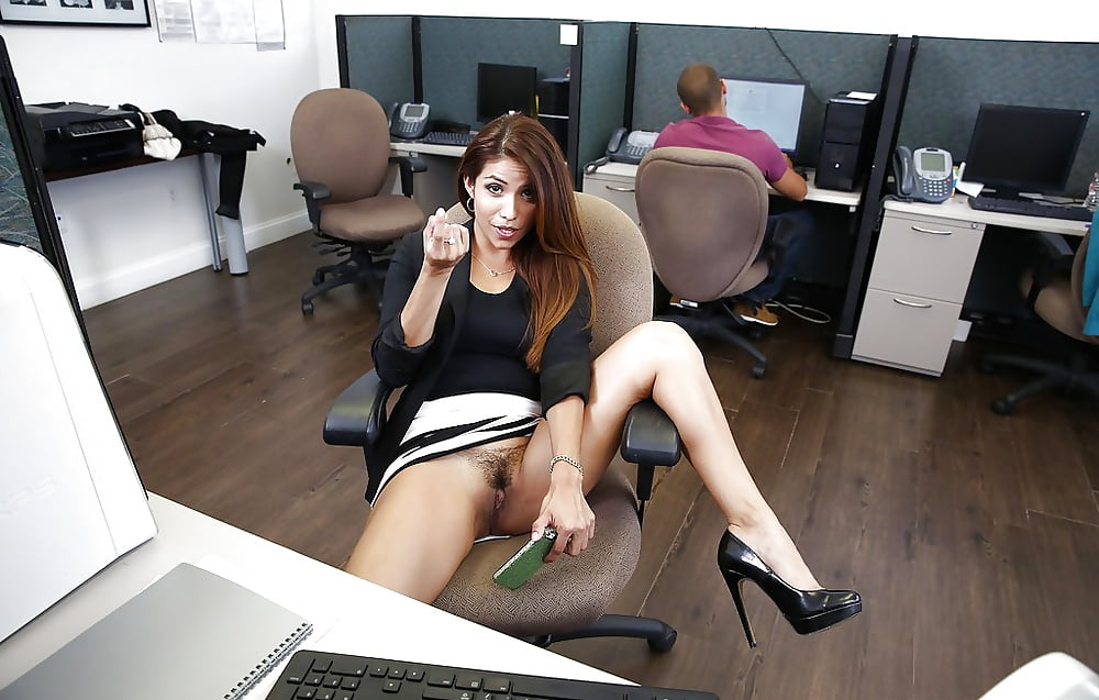 blue-pam-from-the-office-naked-pussy-girl-with-cock