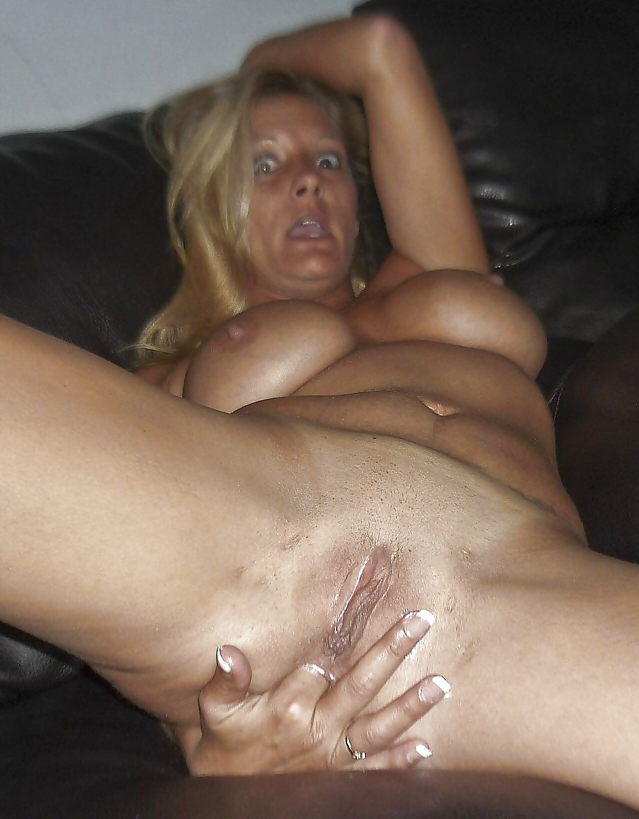 Mom pussy fingering — pic 14