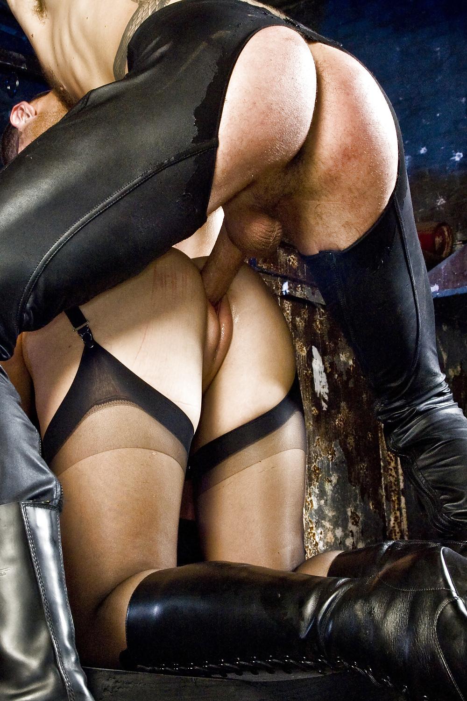 Leather free sex pics