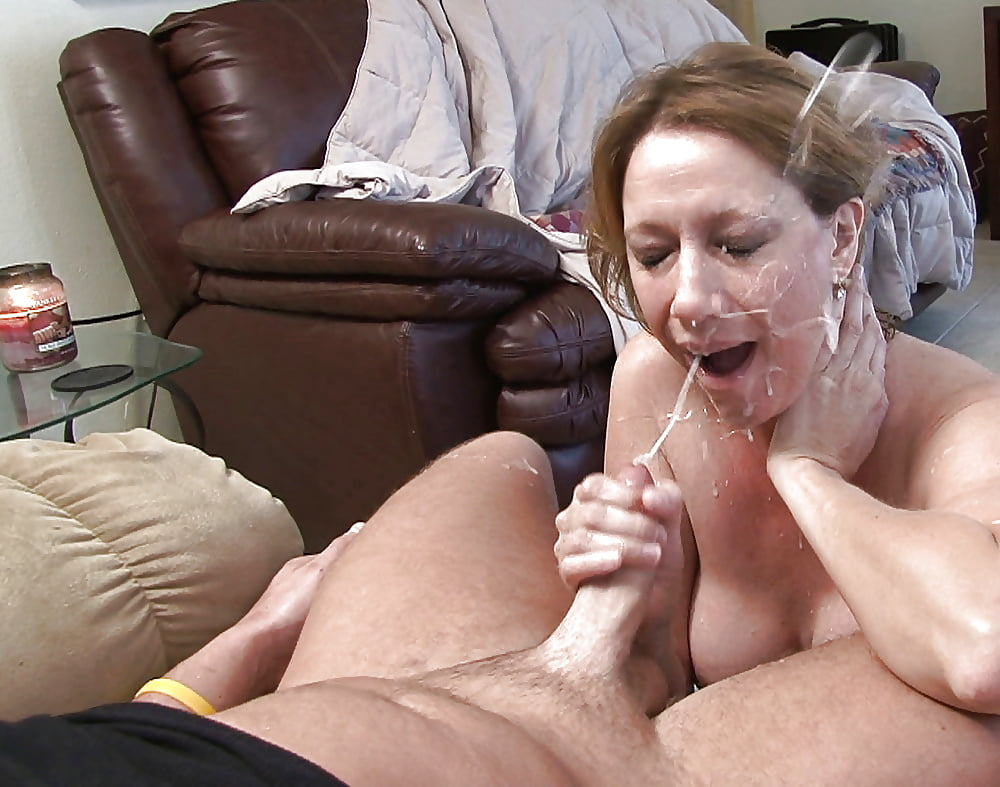 Mature xxx cumshot video — pic 9