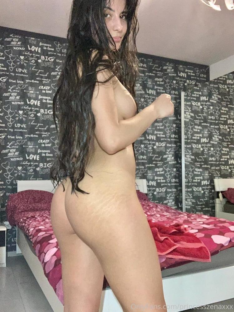 Princess zena - 23 Pics