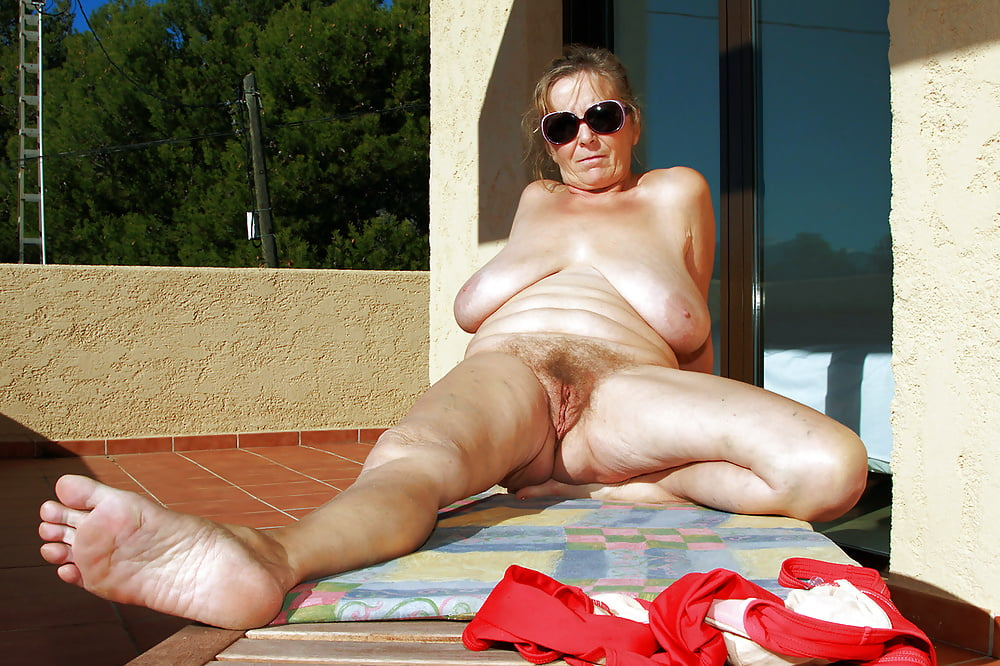 Naughty free nude mature bitches