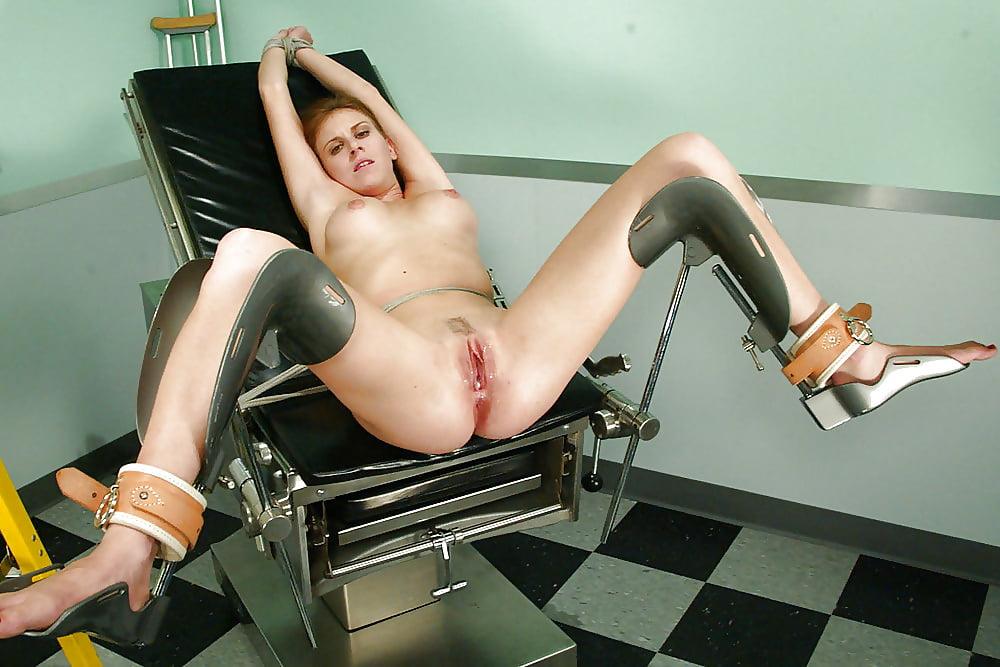 Осмотр на гинекологическом кресле жестко порево — 9