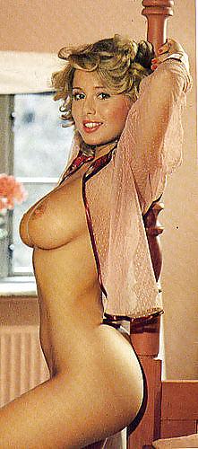 marina-larsen-topless