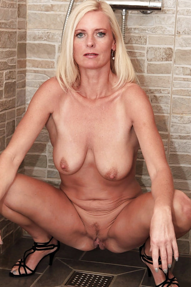 Blonde Milf Riding Creampie