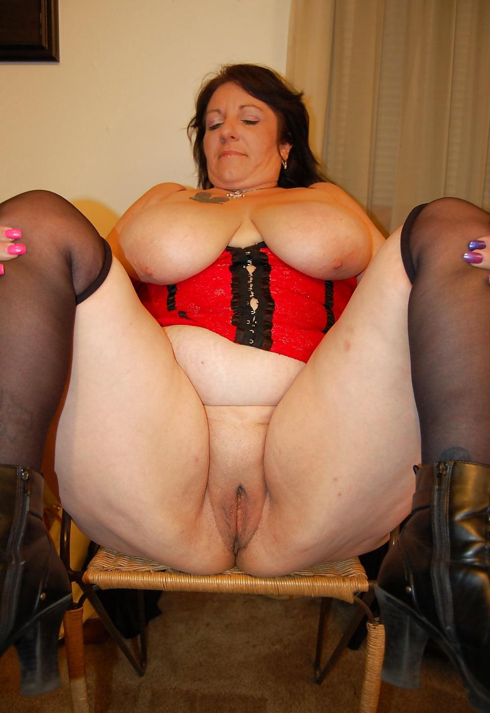 Страпон рот порно с толстыми дамами в возрасте мастурбация порно