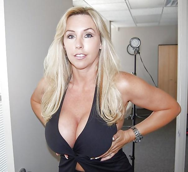 Sexy blonde hd porn-5282