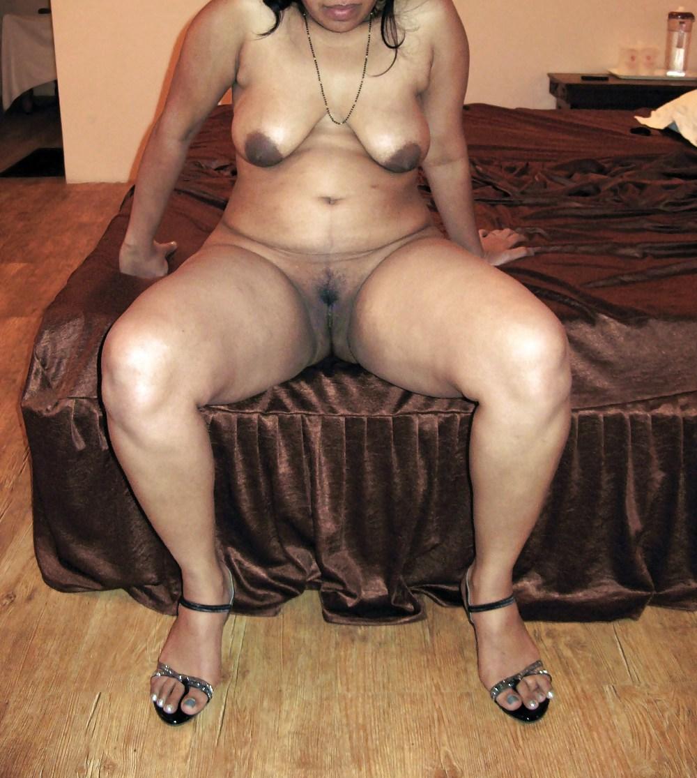 golaya-tolstaya-indianka-trah-seks-pizda-cherniy-chlen