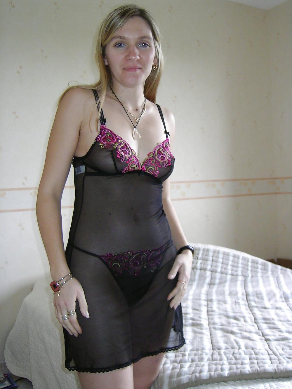 Hot blonde amateur porn