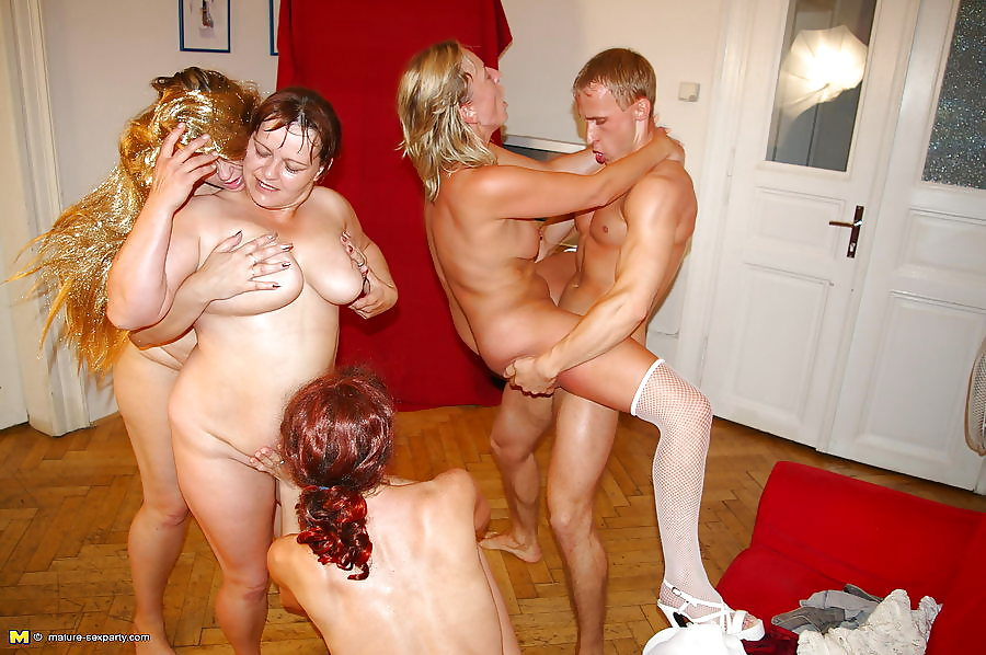Mature sexparty free porn