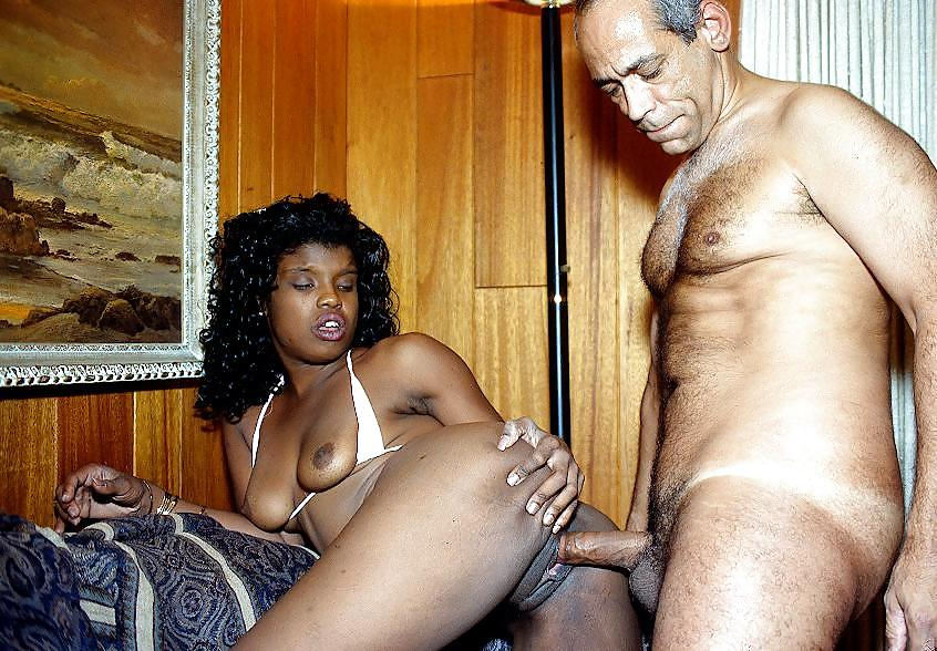 Old Black Man And Young White Girl On Gotporn