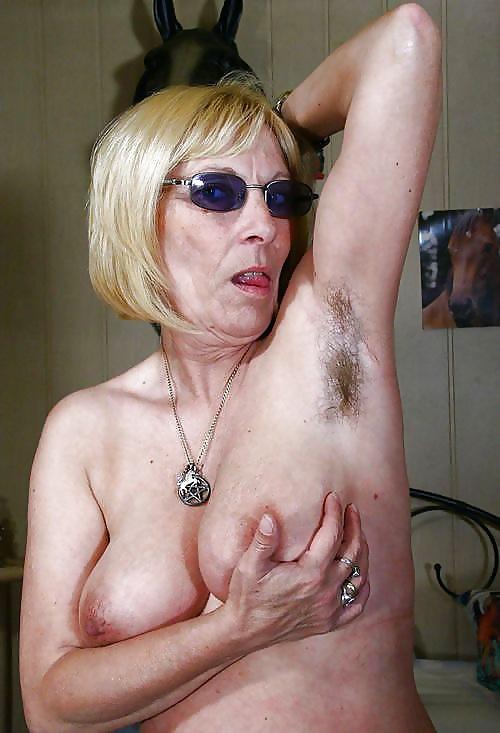 granny-glasses-nude-missile-pussy-cunt-crack-biker