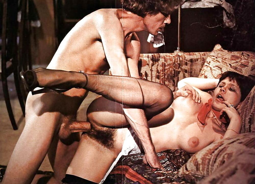 smotret-retro-porno-seks-v-kinoteatre-konchayushie-i-orgazmi-devushek-video