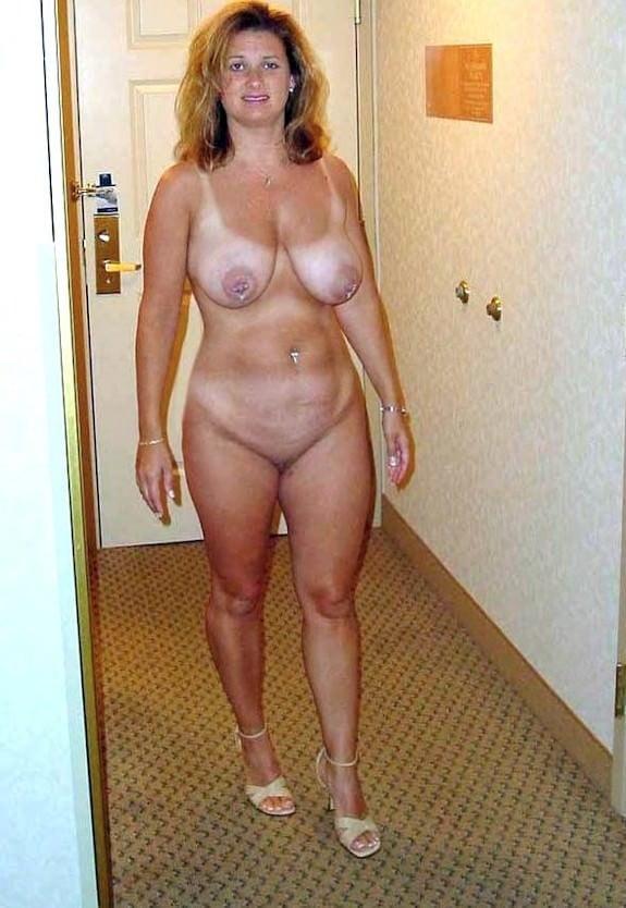 Full figured amature girls, flat chested girls free porn
