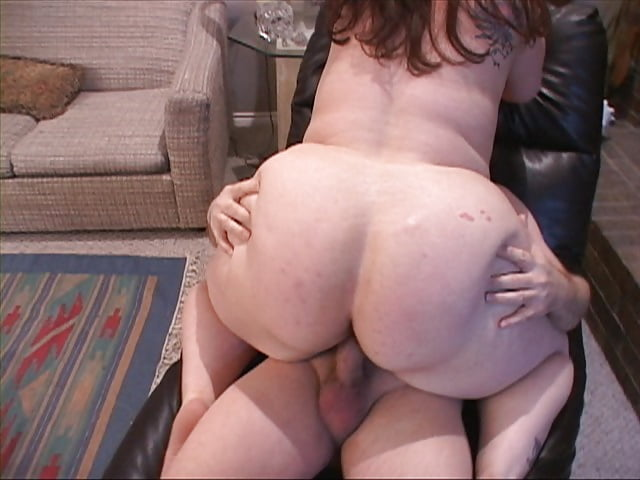 Young hairy brunette pussy