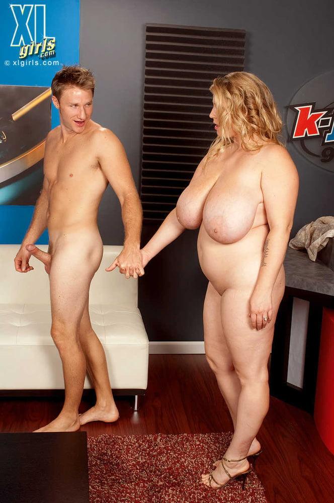 BBW Big Boobs - 166 Pics