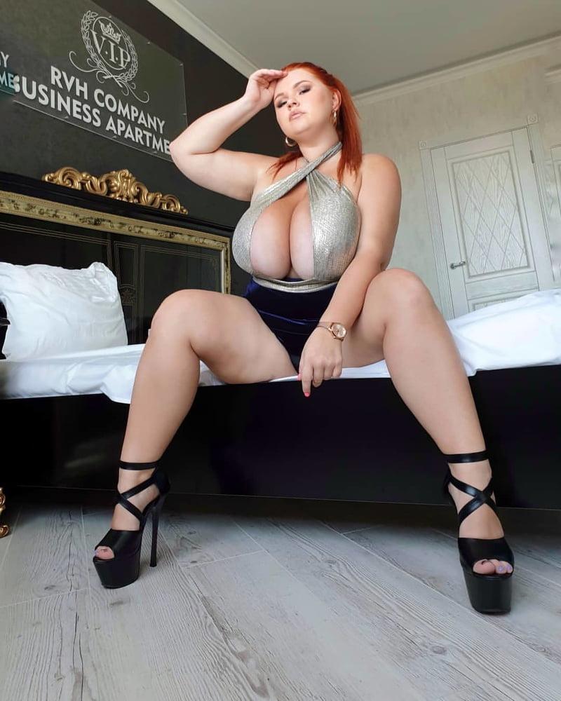 Elana redhead chubby fuck toy - 471 Pics