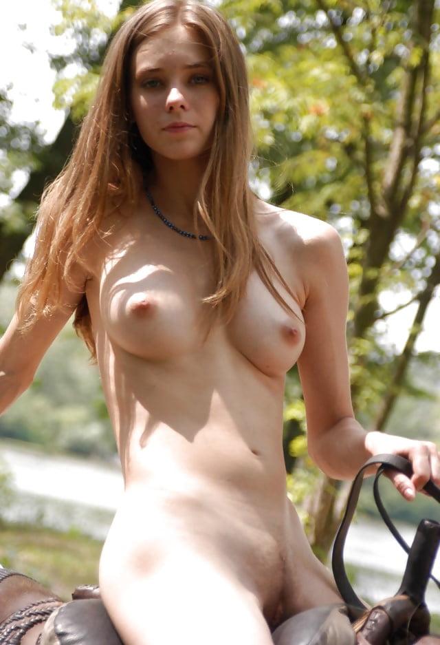 nude public women