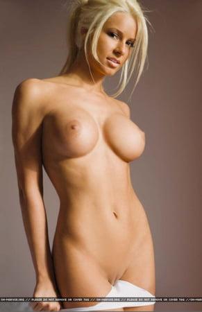 Diva Maryse Naked